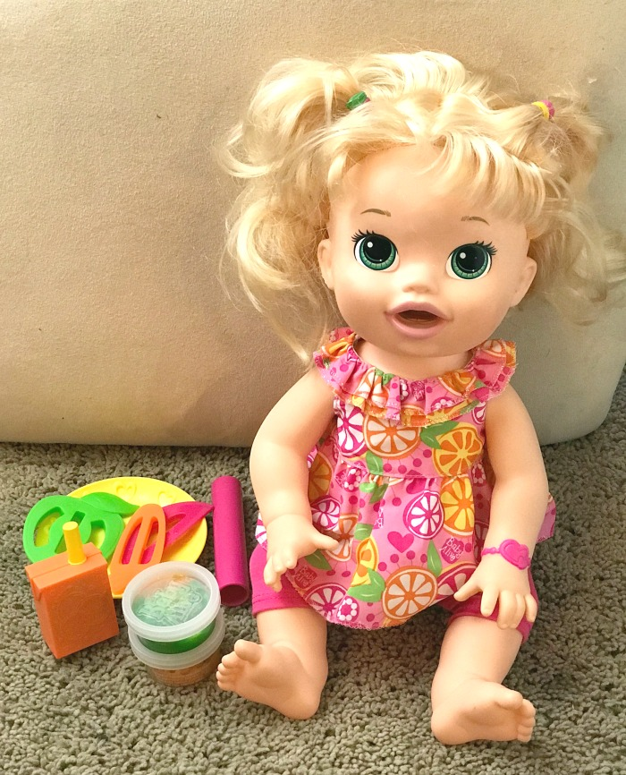 Snacking Sara Baby Alive Doll